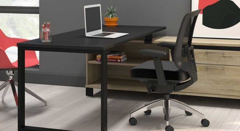 Square Legs Laminate Finish Office Desk